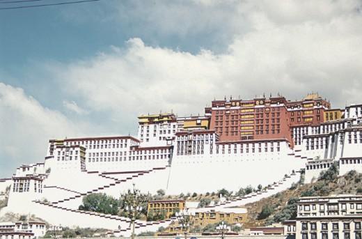Te Potala Palace-Lhasa