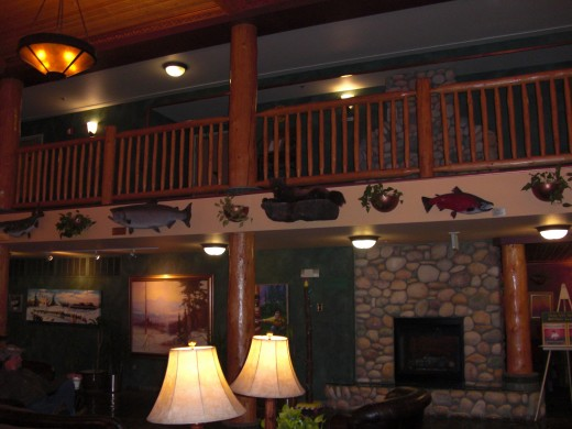 Lobby of Pike's Waterfront Lodge