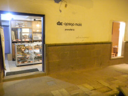 Shop front Qosqo Maki
