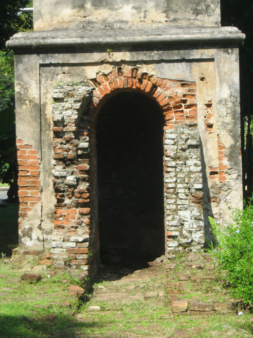 Entrance of the chimney Ancient archaeological site wit San Jose