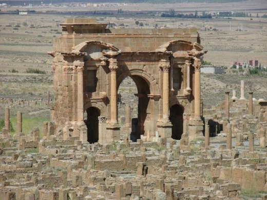 Trajan's Arch, Timgad