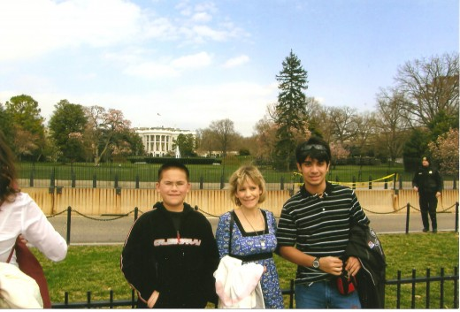 Johnny, Donna, and Vini in front of The White House.