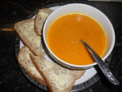 Creamy squash and tomato soup with  mascarpone: a simple soup recipe