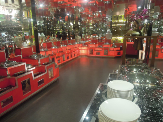 The Main's section in Red Hot Buffet, mainly Chinese, thai and curry