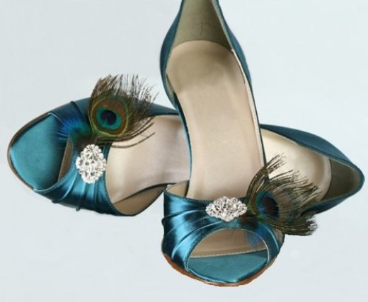 Peacock shoes that are perfect for a peacock themed wedding