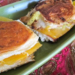 Grilled chesse on Hawaiian Bread with chopped pineapple, cheddar and grated gouda.