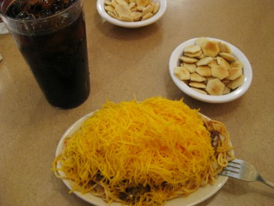 Skyline Chili with oyster crackers