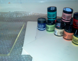 Scrap paper and Studio paints at the ready. You can see the gel plate on the left.