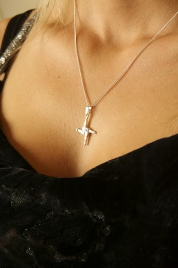 Beautifull sterling Silver St Brigid's Cross and Chain on Model