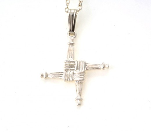 Sterling Silver St Brigids Cross and Chain from Seoda Si .com