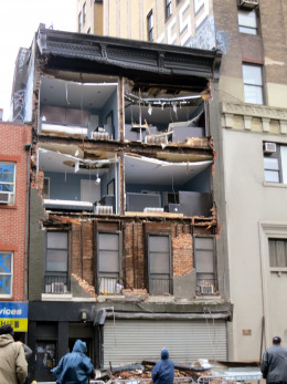 This is the building in Chelsea (Manhattan neighborhood) whose front facade collapsed during Hurricane Sandy