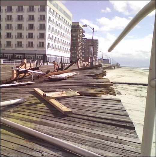 Broken rails near the Allegria Hotel