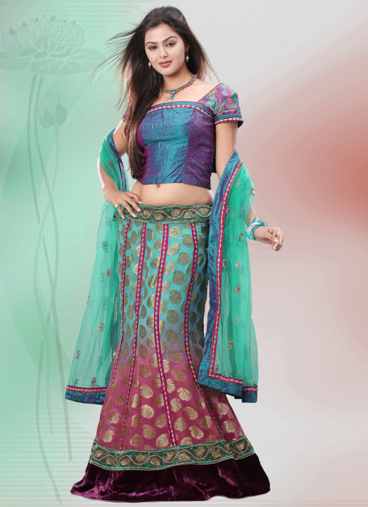 Exquisite Lehenga Choli. Photo courtesy of Cbazaar.com.