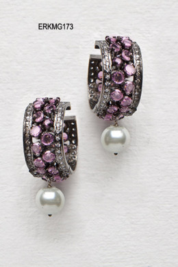 Stylish Urban Pink Polki Earrings. Photo courtesy of Cbazaar.com.