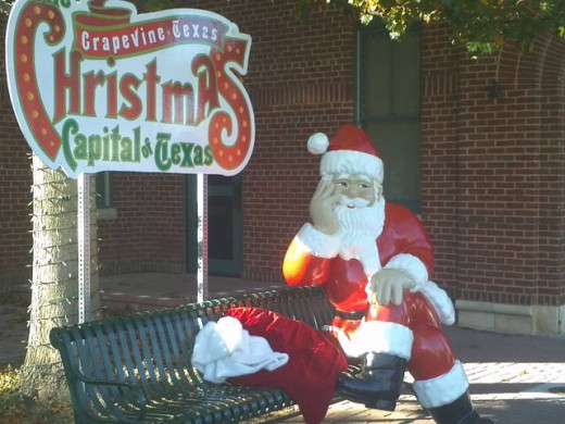Grapevine: The Christmas Capitol of Texas