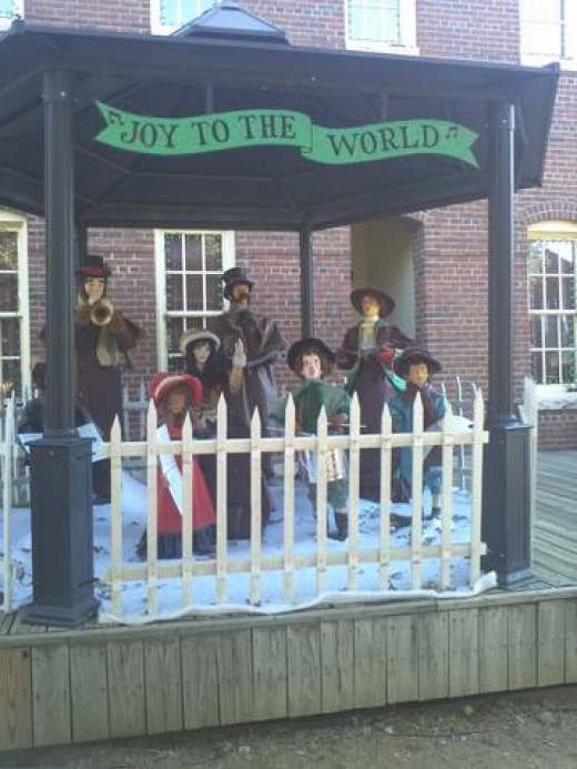 Christmas decor: Joy to the World