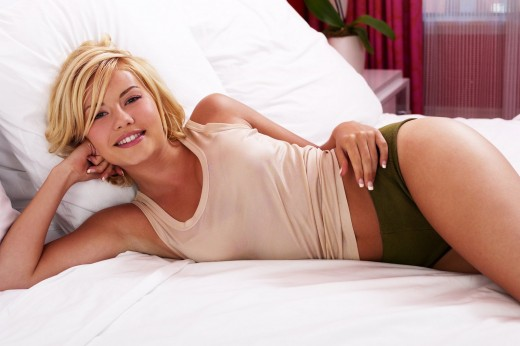 Elisha Ann Cuthbert (born November 30, 1982) is a Canadian actress. Cuthbert
