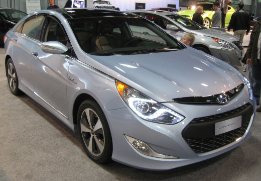Hyundai's recent addition to the trend in hybrids has been given points for looks and style.