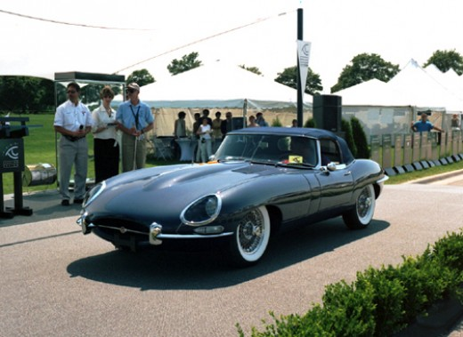 Found at www.eyeson.org, this XKE Roadster won a Visionaries award. No idea what that award is, but it sounds cool