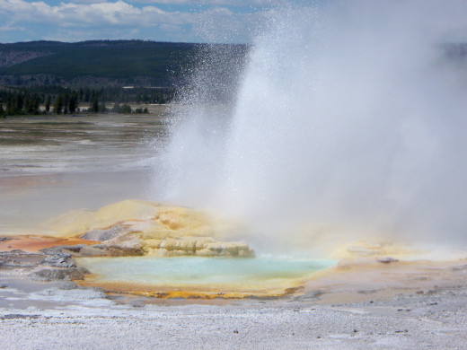 Yellowstone National Park - Fountain Paint Pot