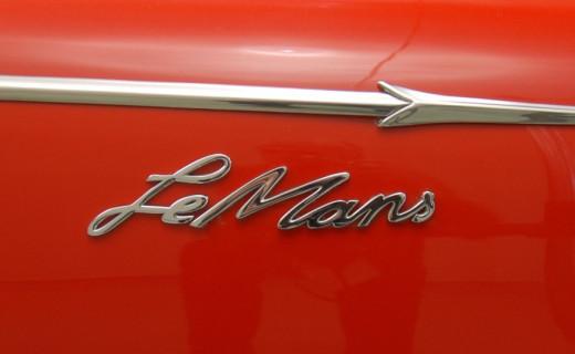 1962 Sunbeam Alpine Harrington LeMans emblem