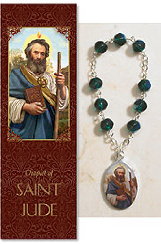 Saint Jude Rosary Prayer: These Rosary prayer are used by many while holding rosary beads. Some people pray or meditate with them while others decorate their homes with rosary beads.