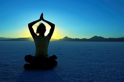 Holistic coaching strives to achieve balance between the mind and the body.