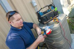 Air Conditioner Repair Man