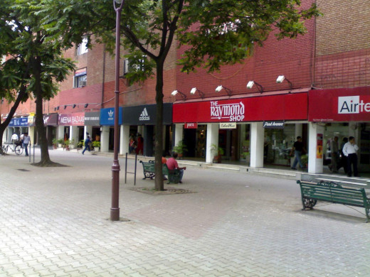 Planned around four pedestrian concourses meeting at a central chowk (intersection), the Sector 17 of Chandigarh is a pedestrian's paradise dotted with fountains, sculptures, and groves of trees.Sector -17 provides you with huge selection for clothes