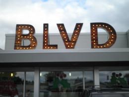 Boulevard Burgers in Castro Valley California. Great hamburgers!