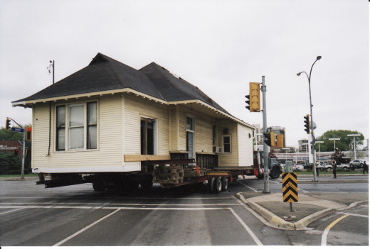 Here is a ground photo showing the Freeman Station being moved around the intersection from Brant St. to Fairview St., 2004