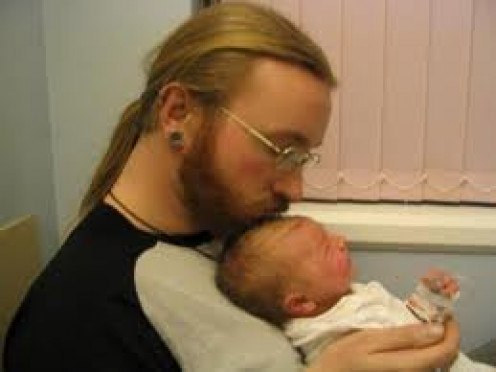 """THIS """"IS"""" A TRUE SENSITIVE FATHER. I APPLAUD THIS MAN."""