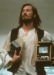 Noah Wyle as Steve Jobs in Pirates of Silicon Valley