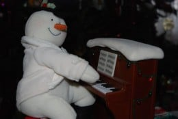 Write your own Christmas piano piece - snow reason not to