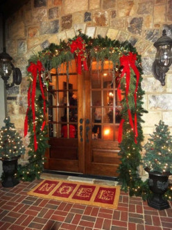 Christmas Door Décor Ideas