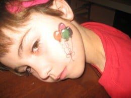 Easy Face Painting: thumbprint balloons