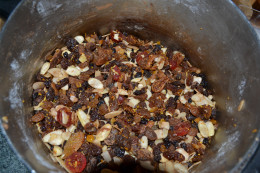 Mix fruit and almonds in a large bowl
