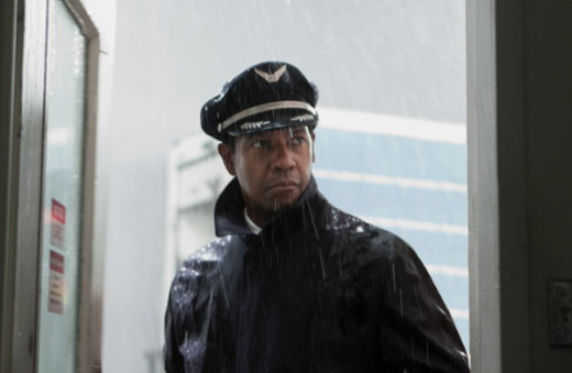 Screen shot of Denzel Washington in Flight (2012)