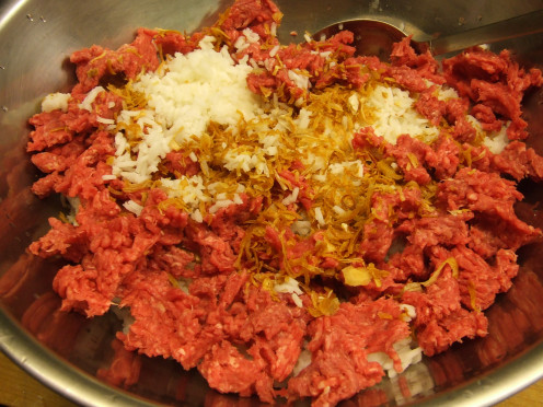 Meat, cooked rice, onions, salt and pepper mixture.