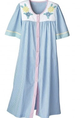 Comfortable Dusters, Housecoats And Housedresses For Mom
