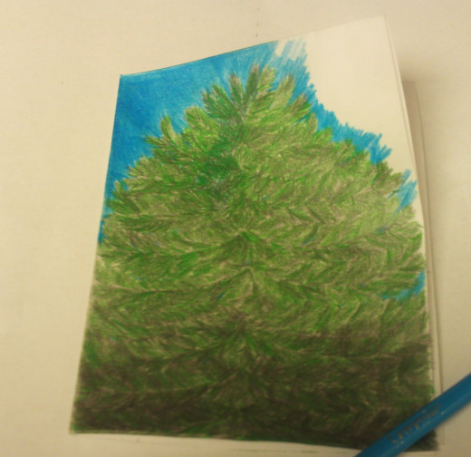 This Christmas tree is an outdoor one, which is why the background I am creating is blue.