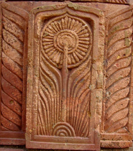 Flower design in terracotta; Maluti