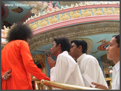 We were all bent upon ensuring that Swami comes to the hostel - nothing else mattered!