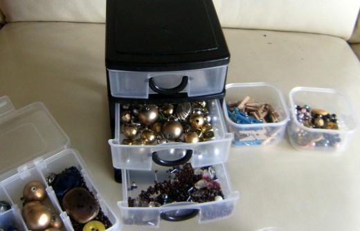 Handy Box of Beads