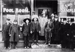Irish immigrants posing