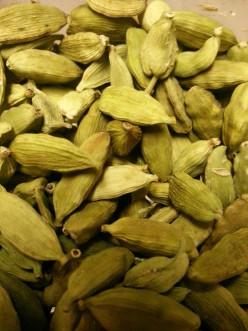 Indian Chai - Ginger and Cardamom (Elaichi) Tea