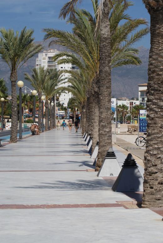 Albir seafront looking towards Altea