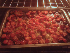 How to Make Oven Baked Tomatoes - a  Quick and Easy Recipe for Baby Tomatoes
