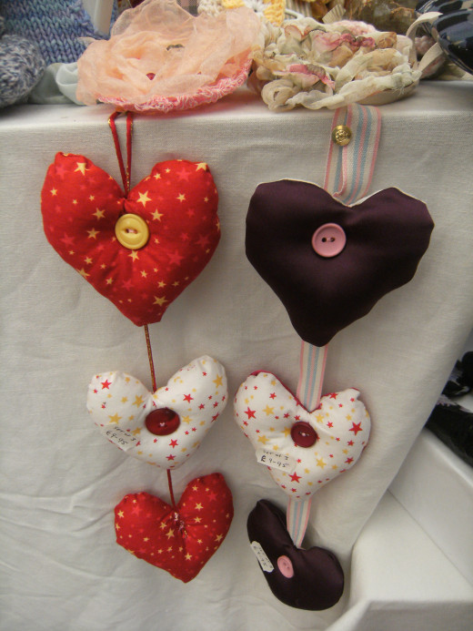 How to sell crafts best display ideas hubpages for How to sell at craft fairs