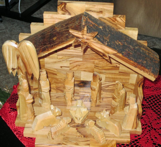 This is my mothers Olive Wood nativity set.
